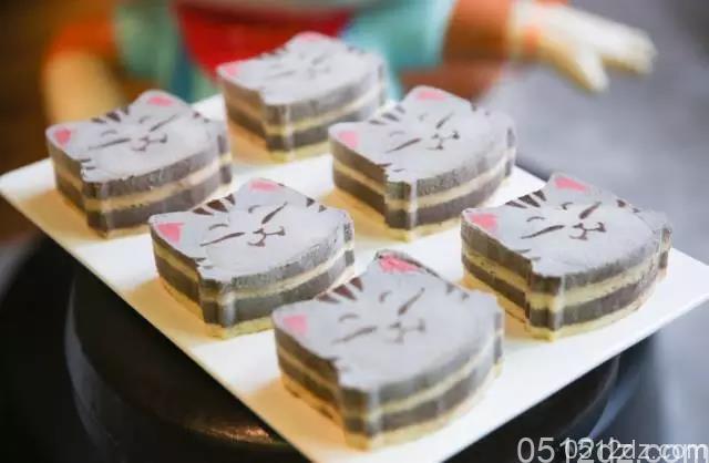 三只松鼠投食店9月23日开业大吉福利满满