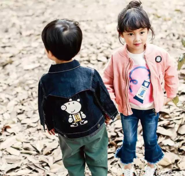 小猪佩奇品牌童装店9月22日可爱来袭